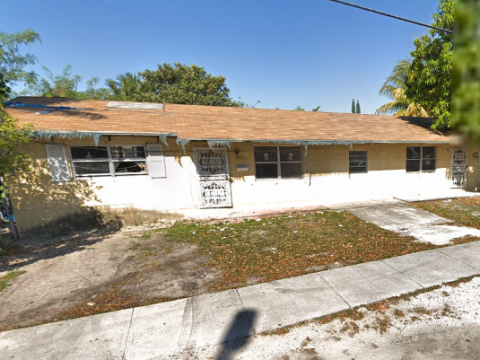 10390 NW 8th Ave Miami, FL 33150