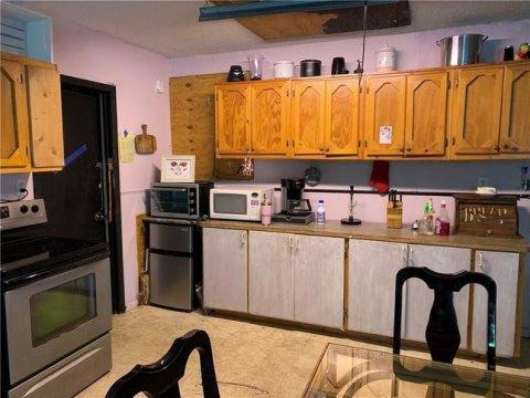 1050 10th Place Vero Beach, FL 32960