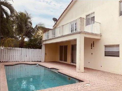 10923 SW 153rd Ct, Miami, FL 33196