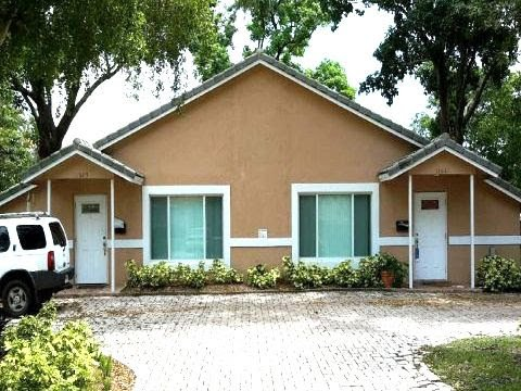 11021-11023 NW 39th St. Coral Springs, Fl 33065