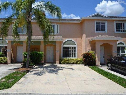1411 SW 48th Terrace Deerfield Beach, FL 33442