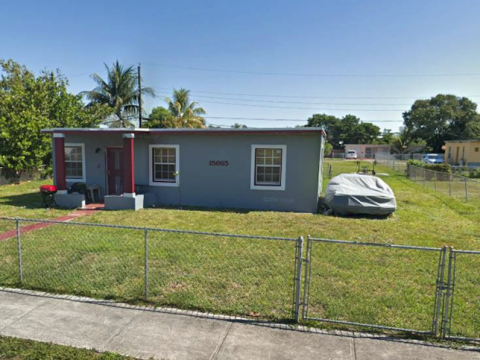 15665 NW 157th St Rd Miami Gardens, FL 33054