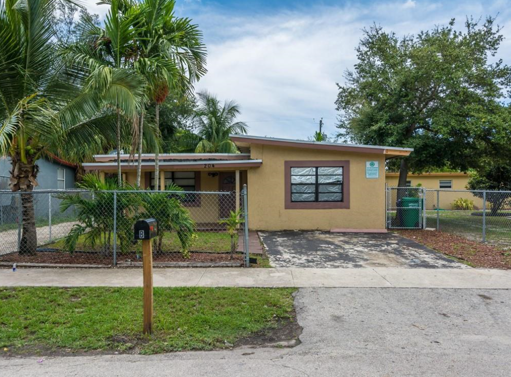 204 NW 28th Ave Fort Lauderdale, FL 33311