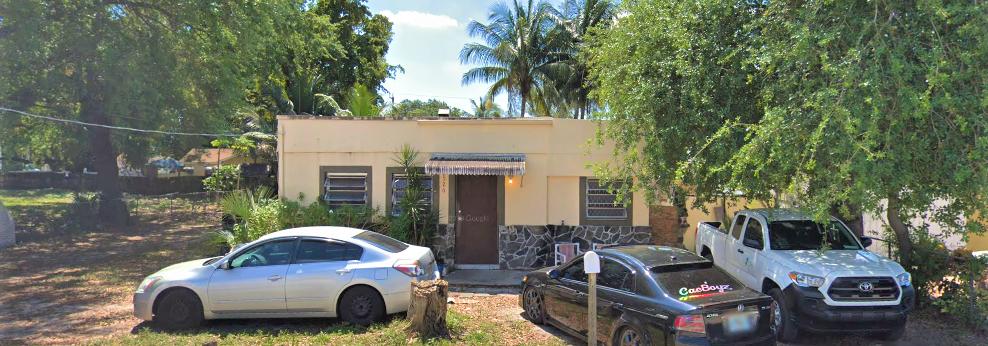 2526 NW 92nd St, Miami, FL 33147
