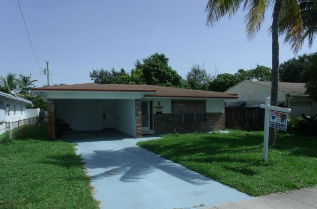 258 SW 8th St Dania Beach, FL 33004