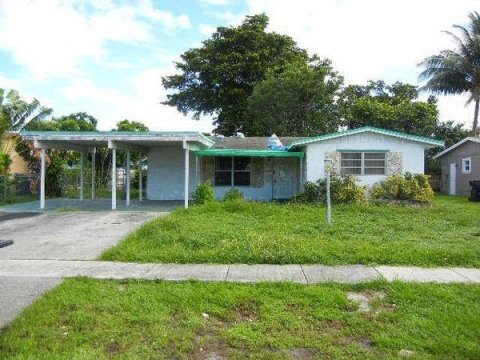2751 SW 4th Ct Fort Lauderdale, FL 33312