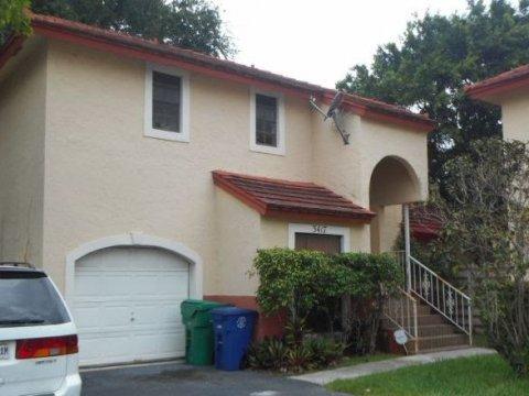 3417 Foxcroft Rd Miramar, FL 33025