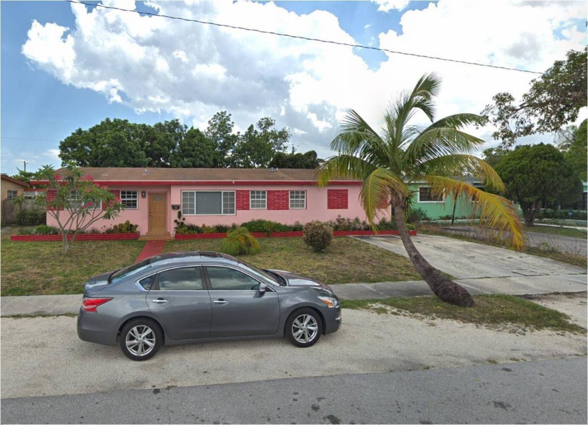 40 NW 186th Terrace Miami, FL 33169