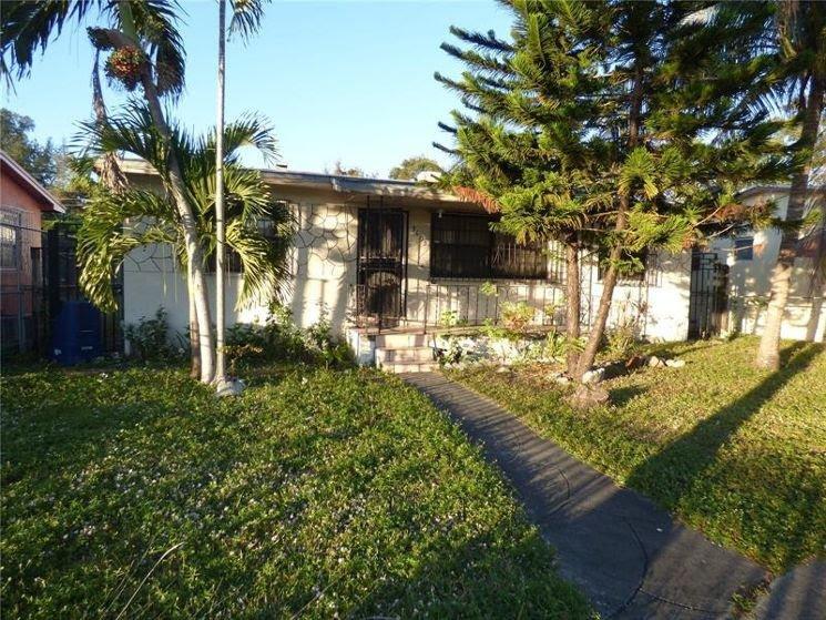 4557 Kelmar Dr West Palm Beach, FL 33415