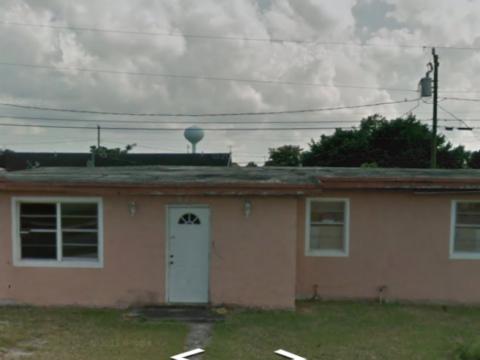 571 Nw 10 St, Florida City, FL 33034