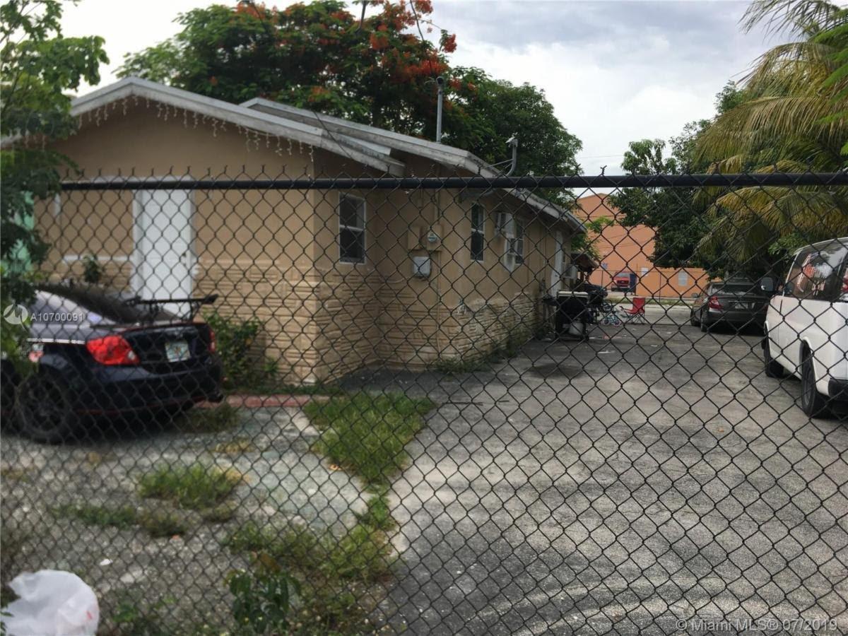 853 NW 29th Terrace Miami, FL 33127