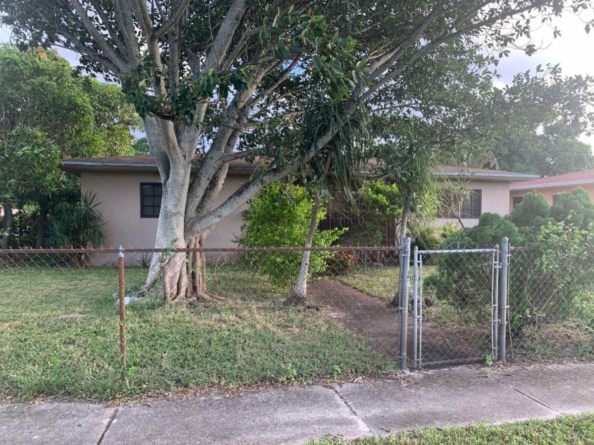 1000 NW 129th St North Miami, FL 33168