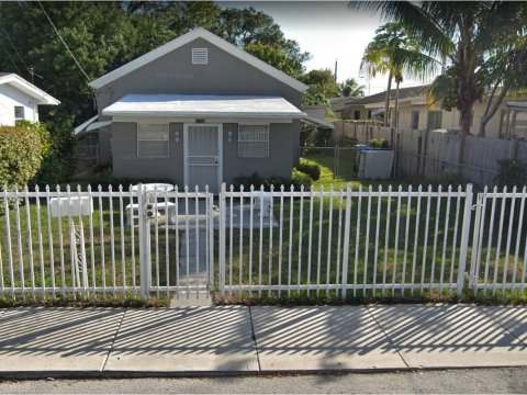 1186 NW 56th St Miami, FL 33127