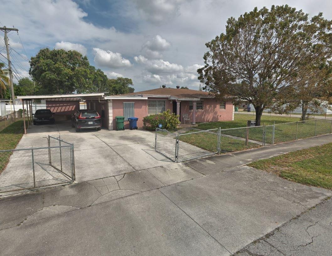 17221 NW 33rd Ct Miami Gardens, FL 33056