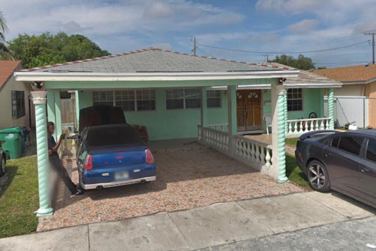 15222 NW 18th Ave Opa-locka, FL 33054, USA