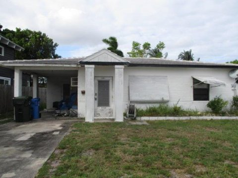 181 NW 45th St Fort Lauderdale, FL 33309, USA