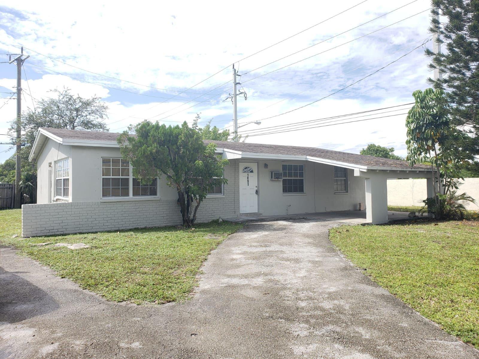 1891 NW 33 Avenue, Lauderhill FL 33311