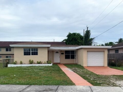 2401 NW 7th St Fort Lauderdale, FL 33311