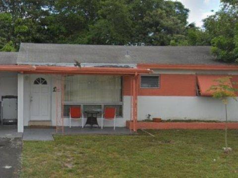 2411 N 59th Ave Hollywood, FL 33021
