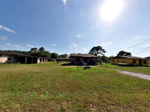 2701 Avenue S Fort Pierce, FL 34947, USA