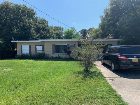 3207 Tennessee Ave Fort Pierce, FL 34947, USA