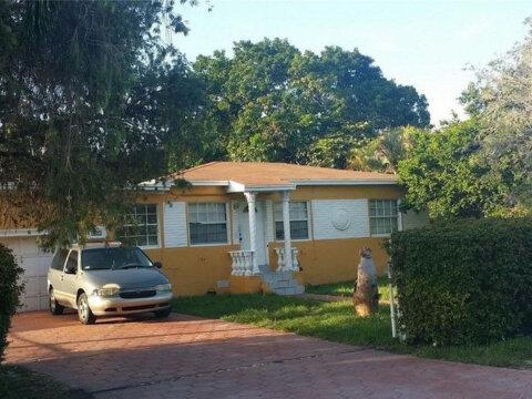 321 NW 148 St., Miami 33168