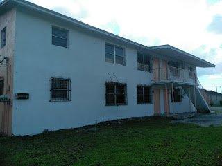 545 SW 4th St Belle Glade, FL 33430