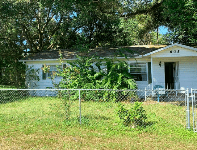 605 Gray AveWildwood, FL 34785, USA