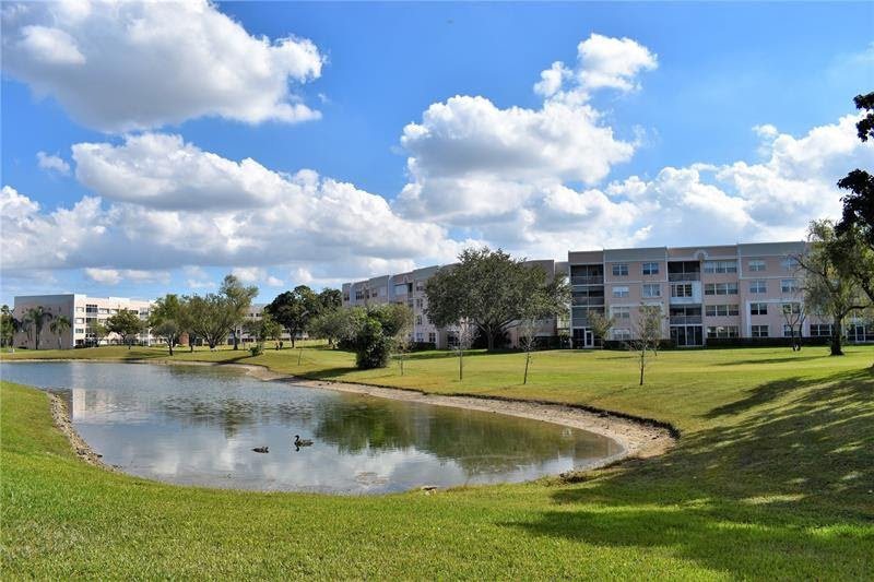10155 NW 24th Pl APT 408 Sunrise, FL 33322, USA
