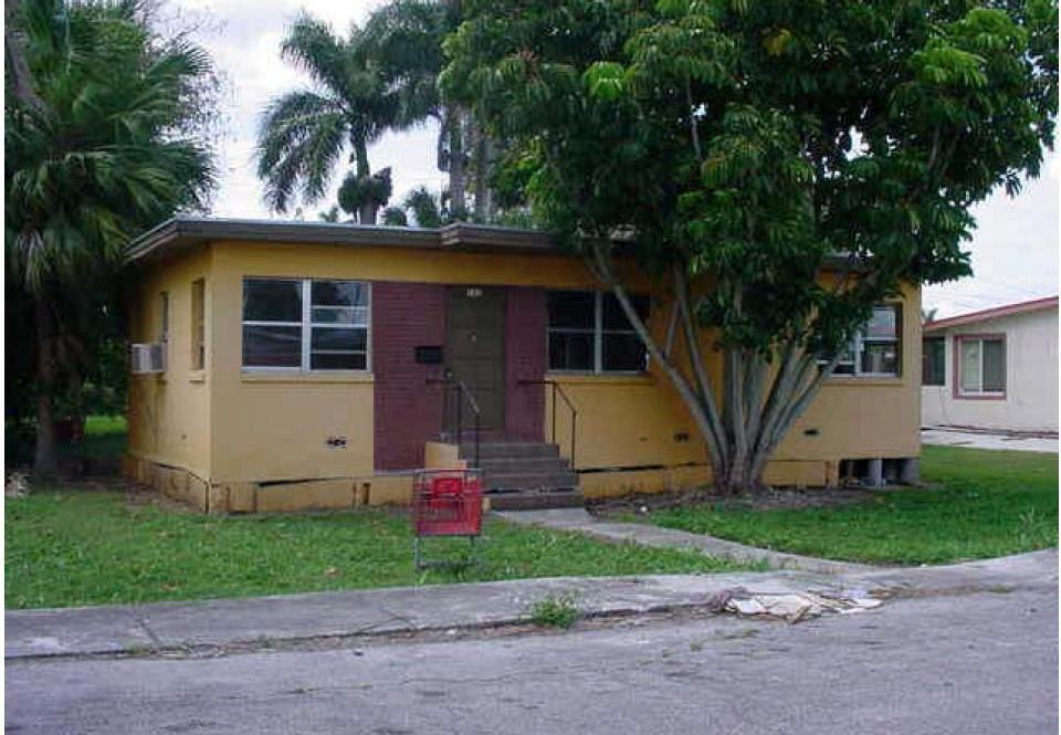 141 N Greenstar Ave Pahokee, FL 33476, USA