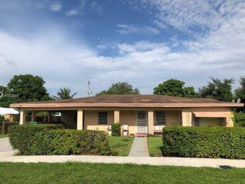 16010 NW 20th Ave Opa-locka, FL 33054, USA