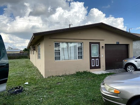 2521 NW 15th Ct Fort Lauderdale, FL 33311, USA