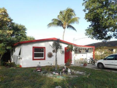 3371 NW 5th Ave Pompano Beach, FL 33064, USA