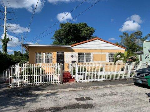 405 NW 64th St Miami, FL 33150, USA