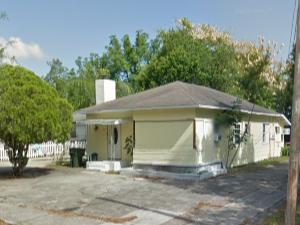 417 Ave B NE Winter Haven, FL 33881, USA