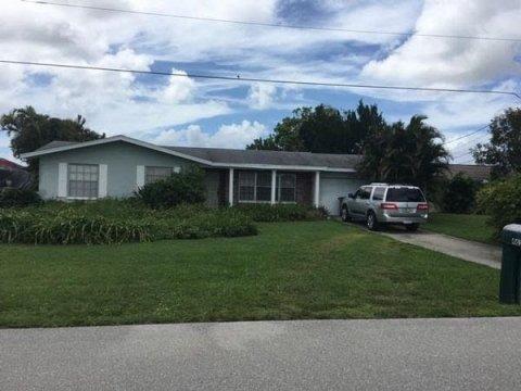 4618 SW 10th Ave, Cape Coral, FL 33914