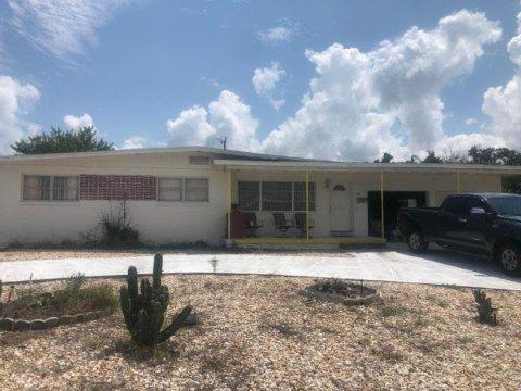 64 Kent Dr Ormond Beach, FL 32176, USA