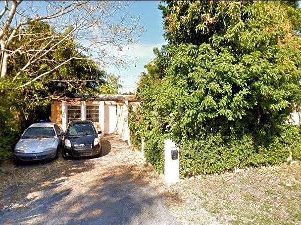 6651 Custer St Hollywood, FL 33024, USA