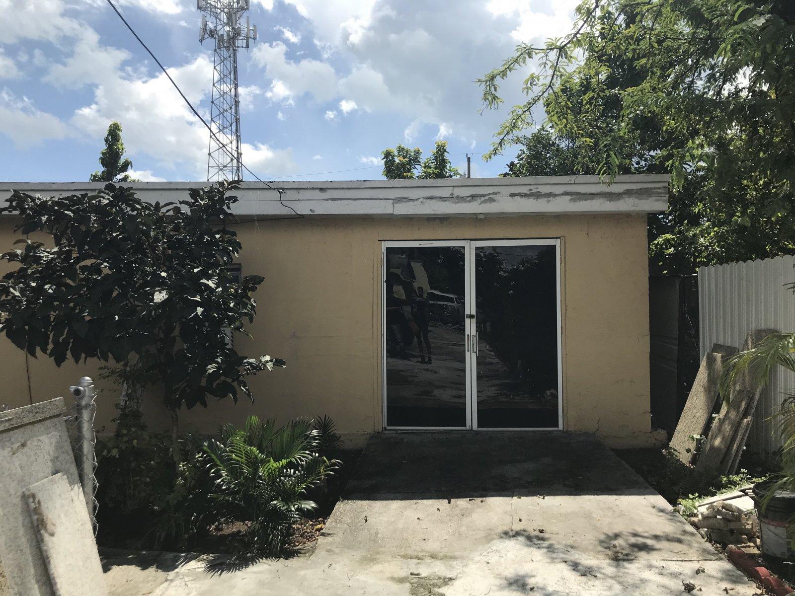 666 NW 28th St Miami, FL 33127