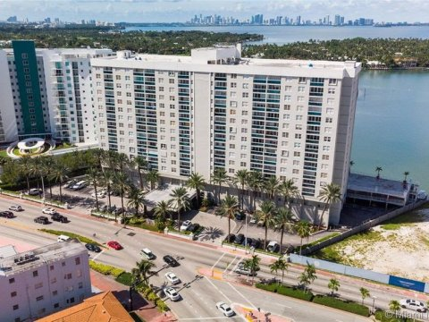 6770 Indian Creek Dr PH-A Miami, FL 33141, USA