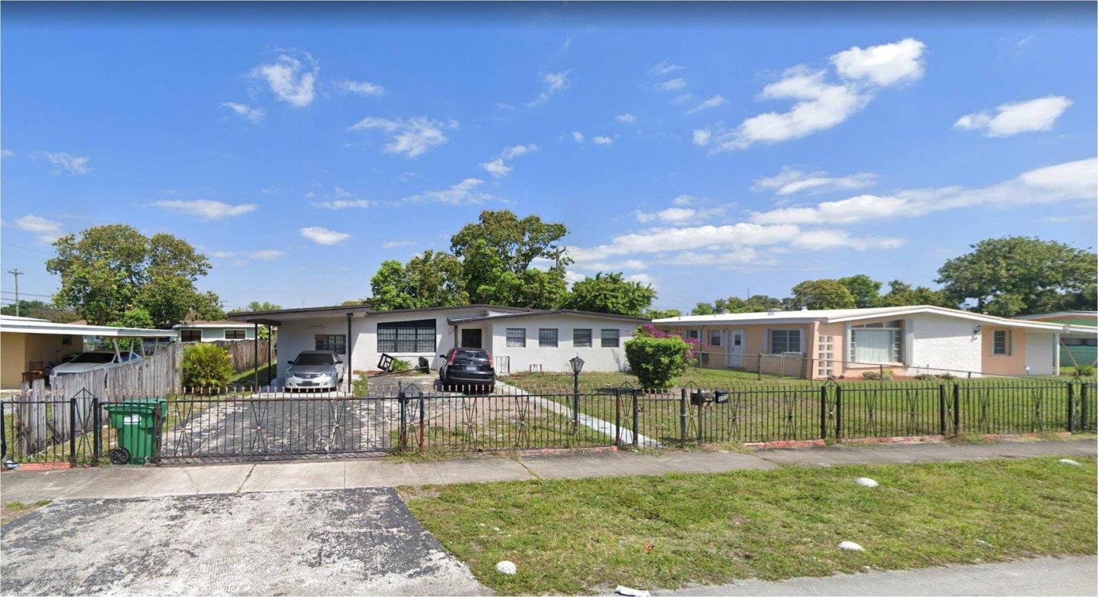 855 NW 168th Terrace Miami, FL 33169, USA