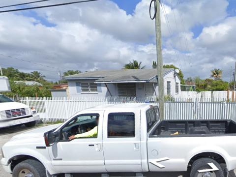 8701 NW 29th Ave Miami, FL 33147, USA