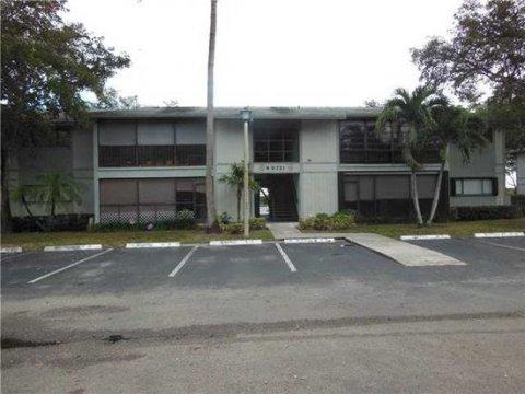 9721 Hammocks Blvd Miami, FL 33196, USA