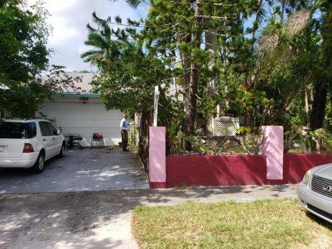 15945 SW 304th Terrace Homestead, FL 33033, USA