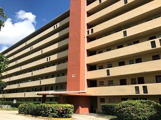 1770 NE 191st St Miami, FL 33179