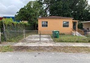 1812 NW 64th St Miami, FL 33147