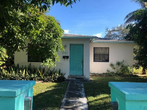 841 S 24th Ave Hollywood, FL 33020