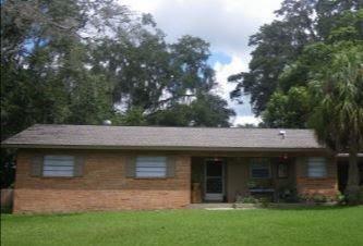 1046 Whiteway Dr Brooksville, FL 34601, USA