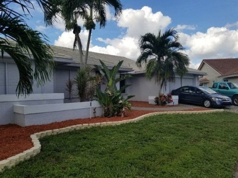 10615 NW 6th Ct Plantation, FL 33324