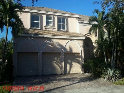 16715 SW 10th St Pembroke Pines, FL 33027, USA